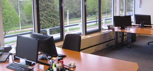 Elke kantoorunit wordt gestoffeerd opgeleverd en is voorzien van optimale aansluitmogelijkheden voor uw telecommunicatie. Nieuwe telefoon- en faxnummers kunnen hierop […]