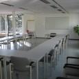 Kenmerken Geschikt: max. 17 personen (meer in overleg) Gebruik: Trainingen, Presentaties, Work-shops Vrij uitzicht over de Plas van poot en […]